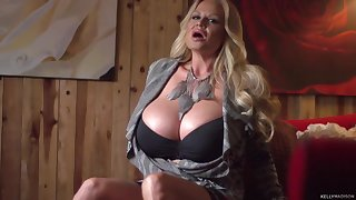 Amazing invective game for alluring blonde Kelly Madison