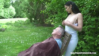 18 yo sitter Ava Black gives a blowjob to old fart and gets laid in the garden